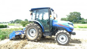 A_agricultural_tractor